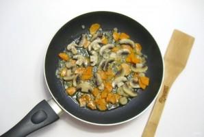 Грибной суп с клецками - фото шаг 7