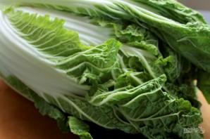 Салат из китайской капусты с морковью - фото шаг 1