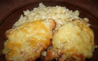 Курица с сыром в духовке - фото шаг 6