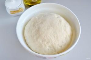 Спиральки из теста с сырно-томатной начинкой - фото шаг 5