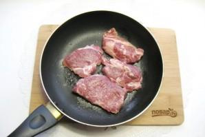 Свиная шейка в панировке из картофеля - фото шаг 1