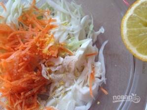 Салат из моркови и капусты - фото шаг 3
