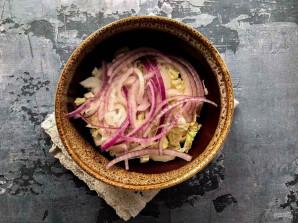 Крабовый салат с маслом - фото шаг 3