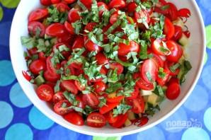 Салат из кукурузы, цукини и помидоров - фото шаг 4