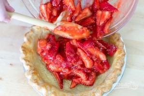 Простой пирог с клубникой - фото шаг 2