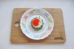 Бутерброды с красной икрой на Новый Год - фото шаг 6