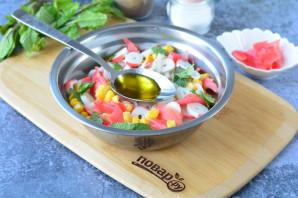 Салат с имбирем и крабовыми палочками - фото шаг 7