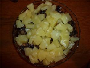Курица с грибами и ананасами - фото шаг 4