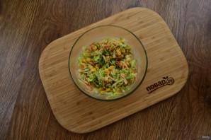 Легкий овощной салат на праздник - фото шаг 3