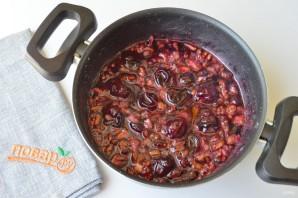 Варенье из черешни с грецкими орехами - фото шаг 5