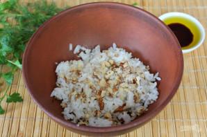 Салат с рисом и колбасой - фото шаг 3