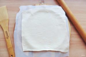 Пирог с сеточкой из теста - фото шаг 2