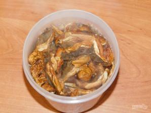 Бульон из сушеных грибов - фото шаг 2