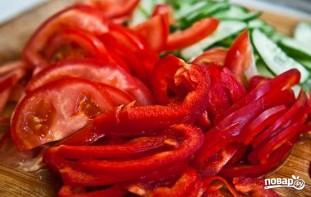 Салат из свежих овощей - фото шаг 4