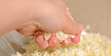 Хачапури с сыром на кефире - фото шаг 3
