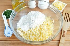 Сырные лепешки с разными начинками - фото шаг 4
