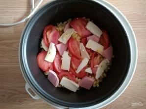 Макароны с помидорами и колбасой в мультиварке - фото шаг 5