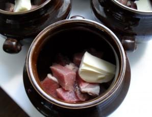 Жаркое из свинины в горшочках - фото шаг 3
