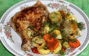 Куриные окорочка с картошкой в духовке - фото шаг 7