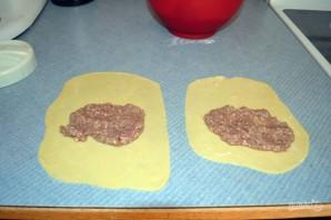 Чебуреки домашние с мясом - фото шаг 7