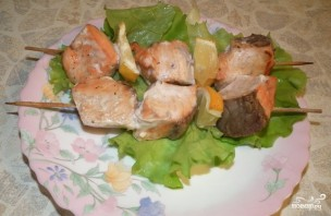 Шашлык из семги в духовке - фото шаг 5