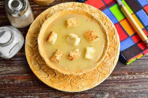 Луковый суп по-парижски