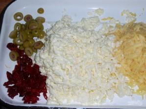 Сырный закусочный пирог с оливками - фото шаг 1