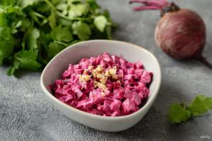 Греческий салат со свеклой - фото шаг 7