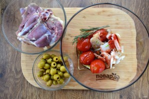 Курица в томатно-оливковом соусе - фото шаг 2