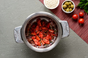 Рис с каперсами, оливками и кетчупом - фото шаг 3