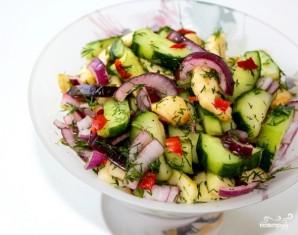 Салат из яблок и огурцов - фото шаг 8