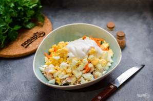 Салат из курицы и кукурузы - фото шаг 7