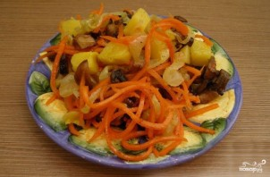 Салат из корейской моркови с грибами - фото шаг 4