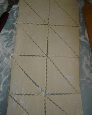 Закусочные пирожки с грибами и сыром - фото шаг 1