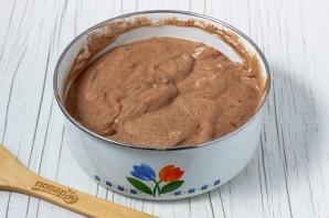 Шоколадный бисквитный рулет - фото шаг 10