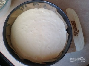 Бисквитный торт с вишней и творожным кремом - фото шаг 5