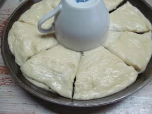 Дрожжевой пирог с шоколадной пастой маком и орехами - фото шаг 12