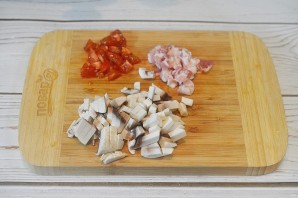 Сырники с беконом и грибами - фото шаг 1