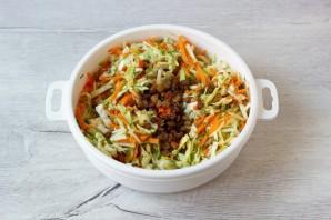 Овощной салат со сметаной - фото шаг 6