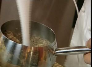 Сосиски в горчичном соусе - фото шаг 4