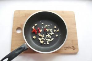 Жареные огурцы с мясом - фото шаг 7