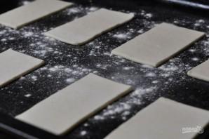 Язычки из слоеного дрожжевого теста - фото шаг 1