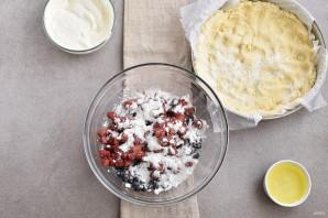 Пирог с ягодной начинкой - фото шаг 7