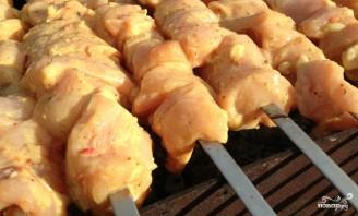 Куриный шашлык в кефире - фото шаг 3
