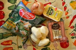Сырный суп с сосисками - фото шаг 1