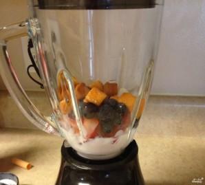 Кефир с фруктами - фото шаг 3