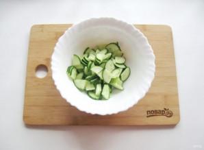 Зеленый салат с редиской - фото шаг 2