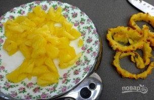 Салат из креветок и ананаса - фото шаг 2