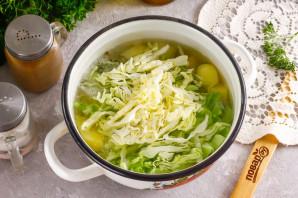 Молочный суп с капустой и картофелем