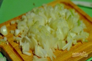 Салат с кальмарами и яйцами - фото шаг 3